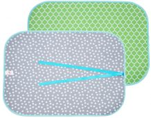 The Coral Palms® Swimsuit Saver Roll-up Neoprene Mat - QUATREFOIL & DOTS