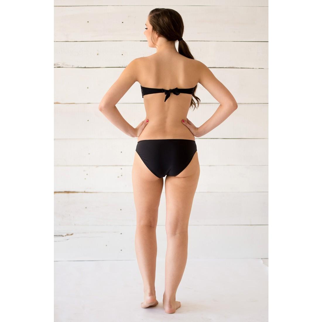 Bikini girl hot wallpaper
